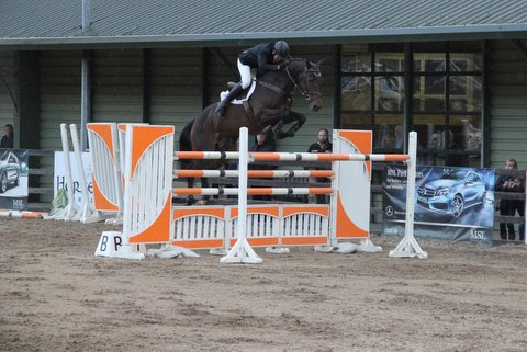 Cream Rises To The Top At Ravensdale Lodge Equestrian